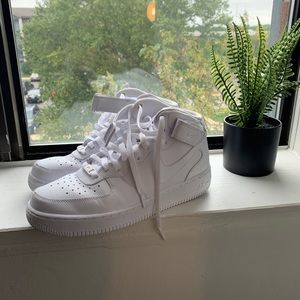Air Force 1 High Top Sneakers